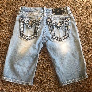 Miss Me Shorts - Miss Me Bermuda light wash shorts size 28
